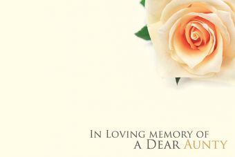 In Loving Memory of a Dear Aunty - Cream Rose Remembrance Card