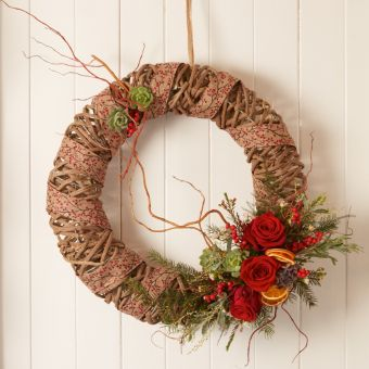 Berry Beautiful Wreath Kit